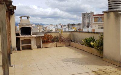 Zona Industria Atico 3 dormit.+terraza 60m2!Incluye Garaje! Precio 480.000 Eur.
