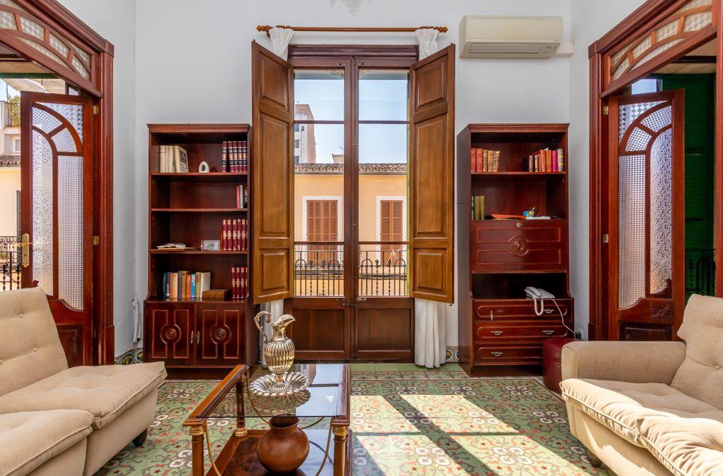 Plaza Pedro Garau Piso 4 dormitorios+balcon y terraza! Precio 260.000€
