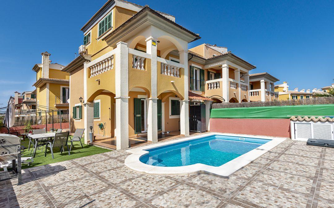 Tolleric Chalet Pareado 3 dormitorios+Jardín 130m2, Terraza,Piscina.-Precio 362.000€